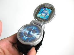 Mobile Phone Watch - 1GB Bluetooth Digital Masterpiece